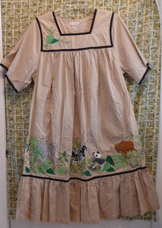 Go Softly Woman Patio Dress Wild Animals Applique Plus Size 1x 2x