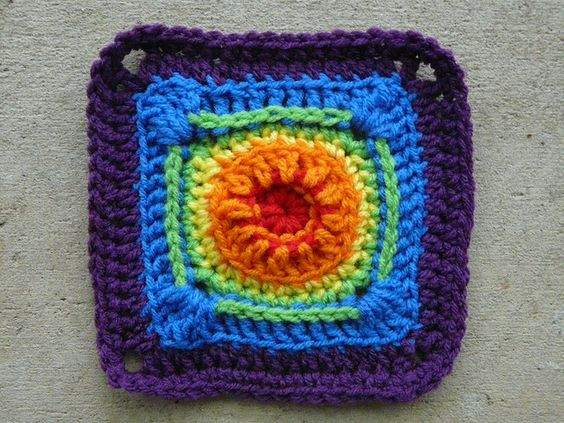 rainbow crochet square, crochetbug, textured crochet square, crochet circle, crocheted, crocheting, 101 crochet squares