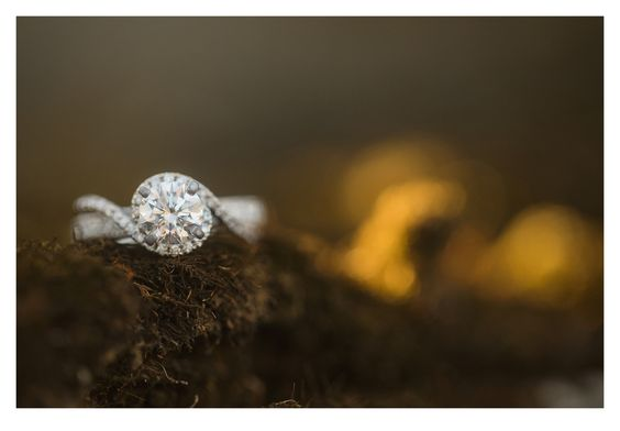 Des Moines, Iowa Wedding and Engagement Photographer ZTS Photo by Tanner & Sarah Urich http://www.ztsblog.com