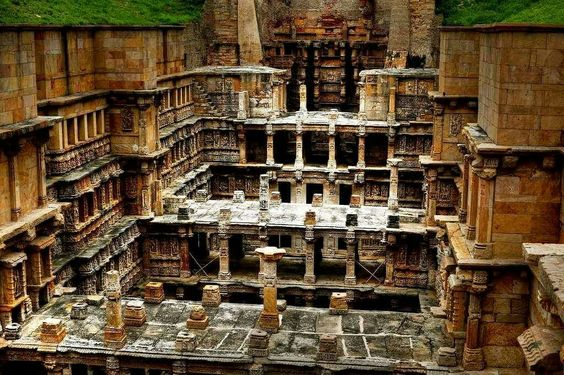Look what we found: Rani ki Vav, Gujarat, India!   An explicit example of fine Ancient Indian architecture, you are surely going to love every click of this.  #India #RaniKiVav #Gujarat #WestIndia #travel #trip #tour #yolo #usa #UCLA