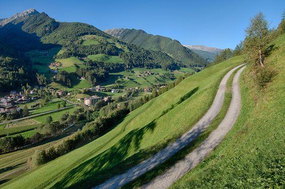 💙... #happyweekend  :-) 💙  #Ahrntal   #Valleaurina   #Alpenschlössl   #Linderhof   #Wellnessresort   #Südtiro   #Altoadige   #Southtyrol