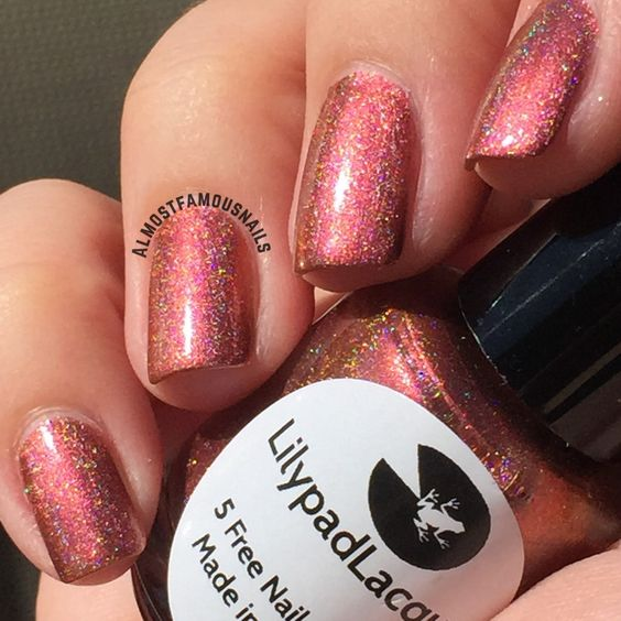 Marigold magic  Pink based Copper holo with gold shift  Application: 1-2 coats  15ml