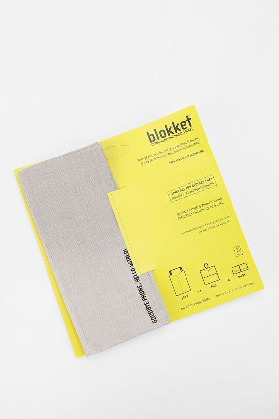 Urban Outfitters - Blokket Service-Block Phone Cover