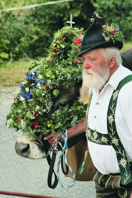 Kranzrind. This old farmer is wearing his traditional #Bavarian #Tracht to the festive occasion.