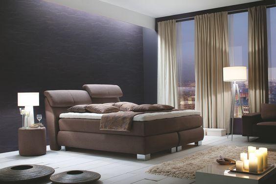Unerhört extravagant und luxuriös präsentiert sich dieses wunderschöne Schlafmöbel, das an Komfort wohl kaum zu überbieten ist. Hervorragende Materialien und die ungewöhnliche Optk Optik passen zu jedem Ambiente. Lassen Sie sich verführen von diesem Bett und träumen Sie königlich.