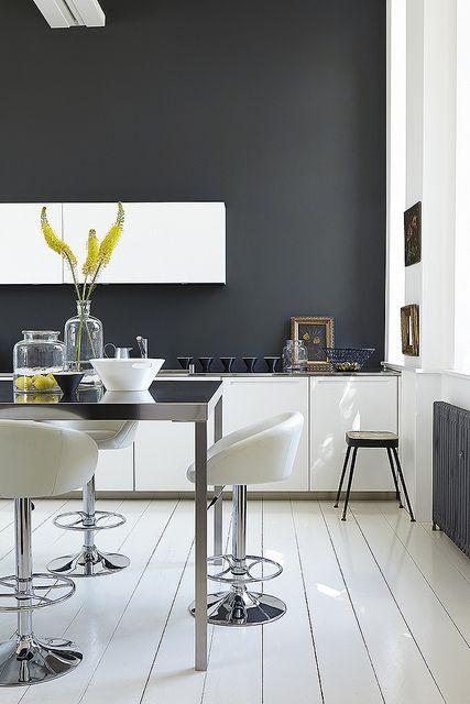 Kitchen - clean lines!