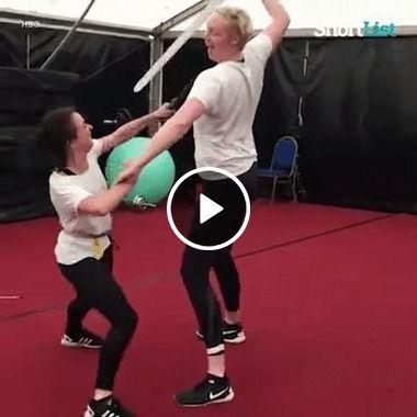 Mulheres em combate.