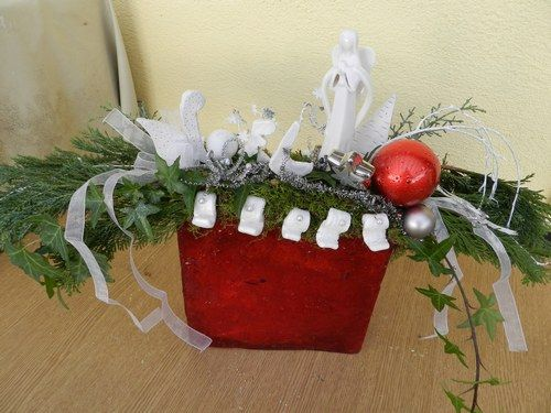 D coration de tables et art floral centre de table noel for Decoration table de noel rouge et blanc