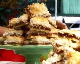 Receta: Ximena Saenz -Tarta de coco y dulce de leche