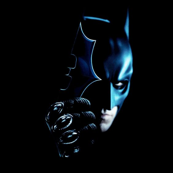 Camiseta chica Batman The Dark Knight. Batarang