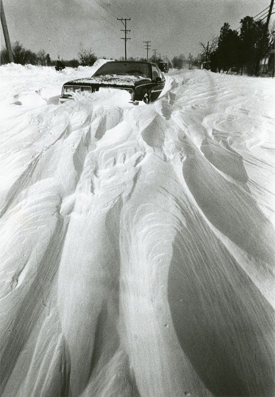 I remember the Blizzard of 1978 in Ohio very well. It began on Jan. 25 and continued until Jan. 26. Although only 7 inches of snow fell in a 24-hour period, it was combined with 60 MPH winds making snow drifts as high as 12 feet! Schools were closed for a week due to all the snowfall.