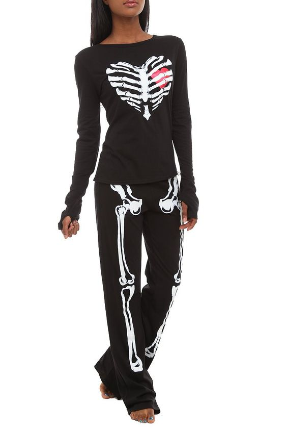Skeleton Heart Glow-In-The-Dark Jersey Pajama Set: