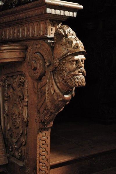 www.hmb.ch | Stalles des magistrats de Bâle dans la cathédrale