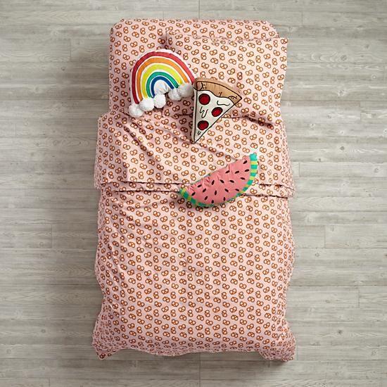 Pretzel Bedding by Caroline from Bikini sous la Pluie #surfacedesign #bedding