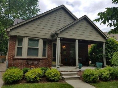 Awesome 3 Bed Royal Oak Home for Sale!