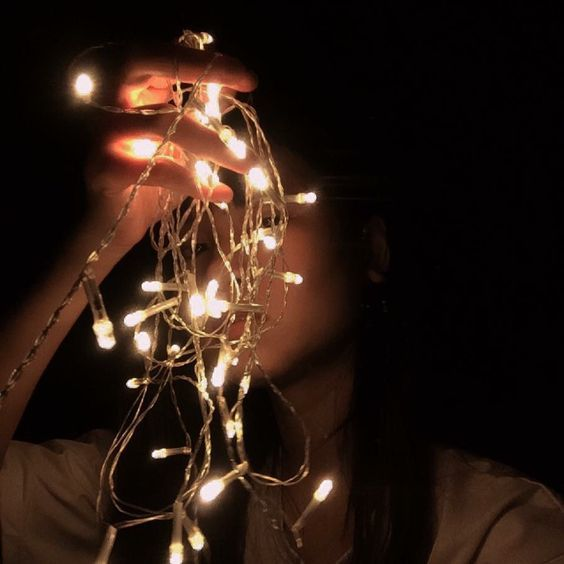 Shared By Pomme Find Images And Videos About Girl Black And Aesthetic On We Heart It Th Fairy Light Photography Teenage Girl Photography Tumblr Photography
