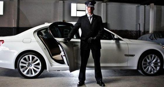 Luxurylimousineserviceintoronto Luxurylimousineservicetoronto Limousineserviceintoronto Limofor Airport Car Service Chauffeur Service Executive Car Service