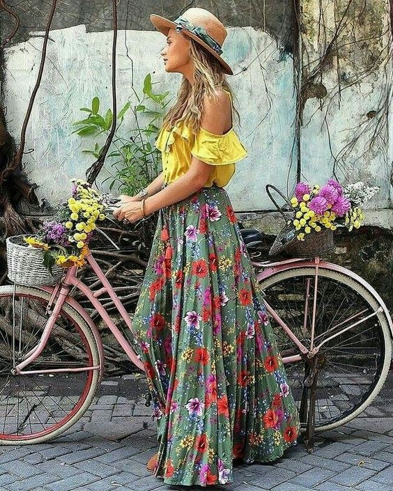 Boho chic outfit, floral print skirt, bohemian hat, hippie tops, maxi skirt