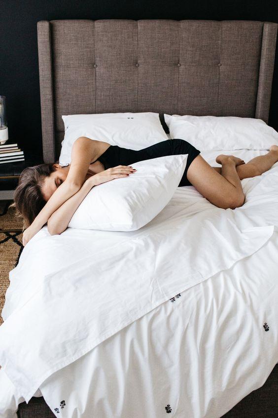 modern bedding for the modern girl / nothing is better than all white bedding