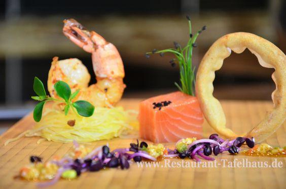 """Lachs """"ASIA"""" mit thailändischen Aromaten gebeizt an zweierlei von gebackener Garnele"""