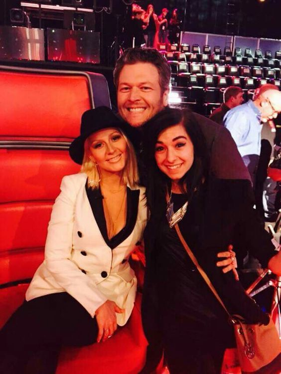 Christina with Blake shelton and christina Grimmie at the voice Season 8