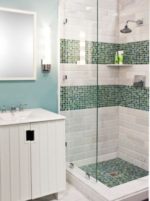Love the shower but maybe just one vertical stripe of - Bathroom tile vertical stripe ...