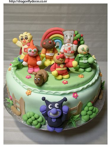 Anpanman cake fondant toppers pinterest cakes for Anpanman cake decoration