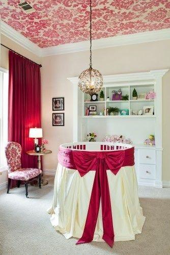 Tivoli: Wallpaper on the ceiling - what a cute nursery idea! LOVE it! >> Scopri le Offerte!