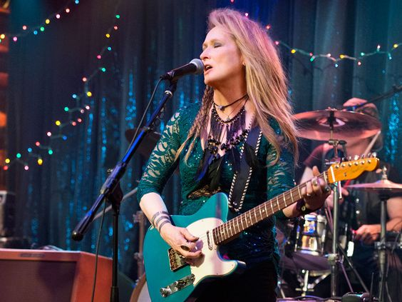 Meryl Streep plays guitar in first pic from Ricki And The Flash