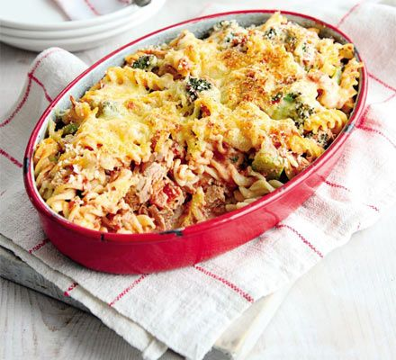 Tuna & broccoli pasta bake - bit of ingredient tweaking (half fat cheddar, extra light cream cheese and tuna in spring water) gets this under 550cals per portion.  549 cals, 64g carbs, 11g fat, 37g protein, 3g sugar.