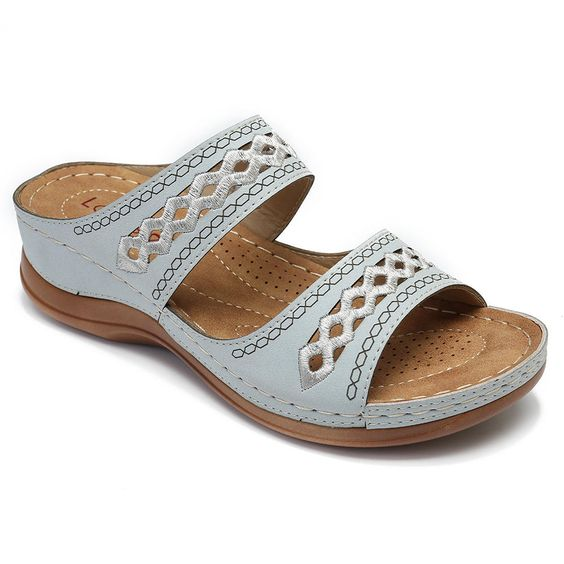 21 Sandals Mule Summer Comfort To Copy Today shoes womenshoes footwear shoestrends