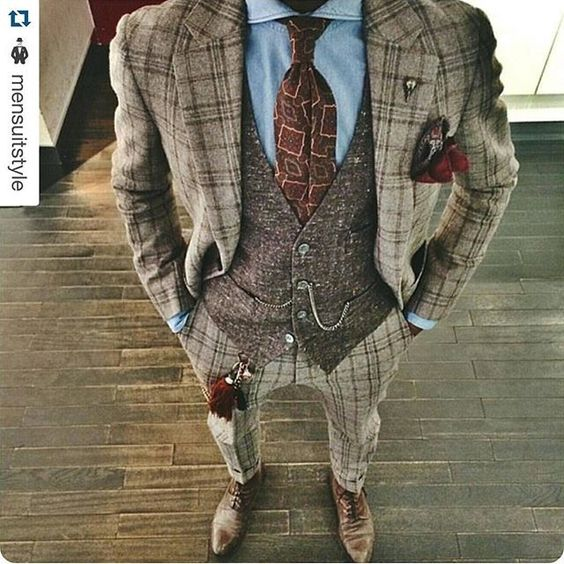 Lose the tie & vest... & I could have a blast with this rich suiting!!!: