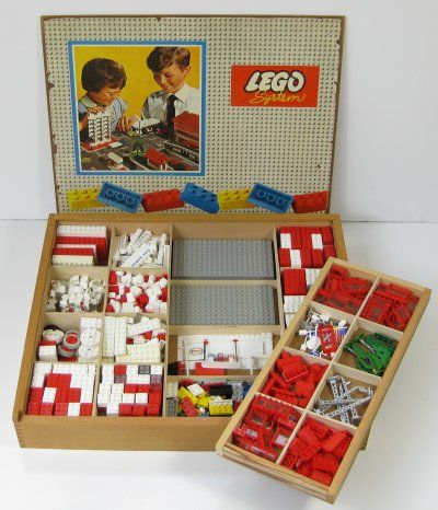 Vintage LEGO Box Set (1960's) - I lusted after this but only rich kids could afford it as it was very expensive