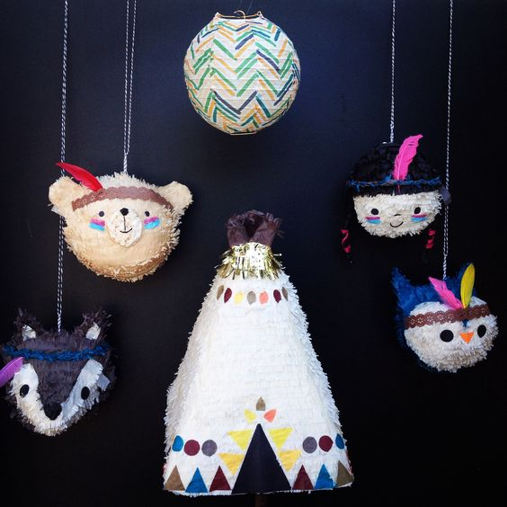 Our pow wow piñata set includes a total of 4 piñatas.  A 16 inch teepee piñata, and your choice of 3 mini piñatas 10 inches each. *party lantern is NOT included.The mini piñatas will make great decorations, favors or keepsakes.They are for decorative purposes only.  To protect little hands from staples, these will not come with an opening for filling.The larger teepee can be used as a traditional hit piñata.  If you prefer, we will gladly add up to 20 pull ribbons at n...