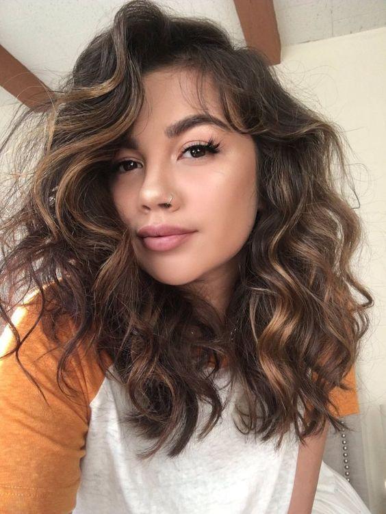 cute hairstyles for medium length curly hair  aesthetic