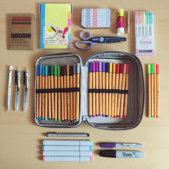 jpgstudy:  8|17 requested on instagram  What I keep in my pencil case! I use the Kipling 100 pens case  (which I found on sale on amazon thank g)  ig: studyjpg: