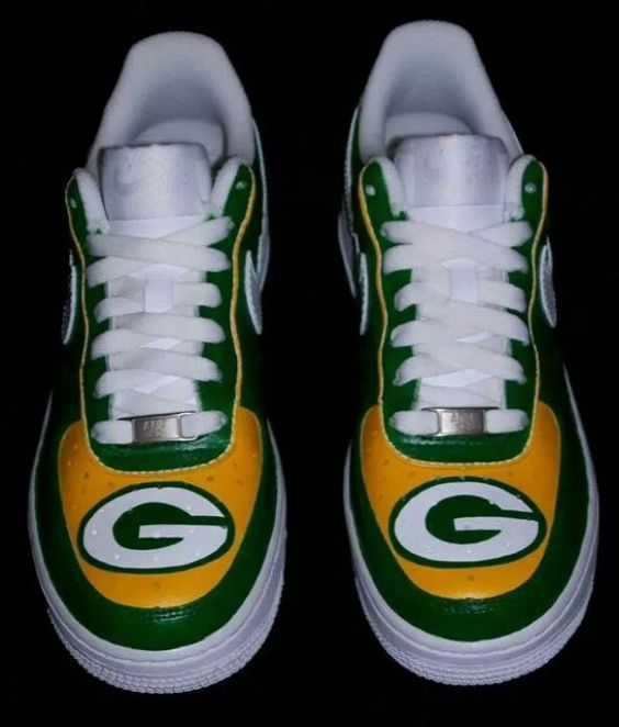 Packers go pack go pinterest shoes nike and packers for Green bay packers wedding dress