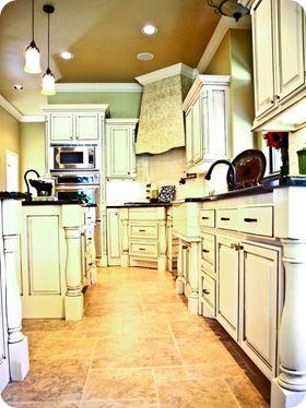 cabinets: Ideas Kitchen, Interior Design Kitchen, House Ideas, Design Ideas, Decorating Ideas, Design Portfolio, Kitchen Design, A Girl Can Dream Kitchens, Decorating Tips Ideas