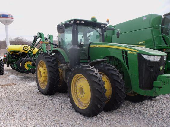 john deere 8r series tractor farming pinterest john. Black Bedroom Furniture Sets. Home Design Ideas