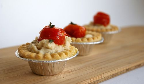 Creamy white bean puree and acidic roasted tomatoes all in a flaky pie shell. Remember, you can always use Great Northern white beans whenever a recipe calls for white kidneys.