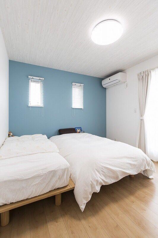 アクセントクロスが効いた寝室 Home Decor Furniture Decor