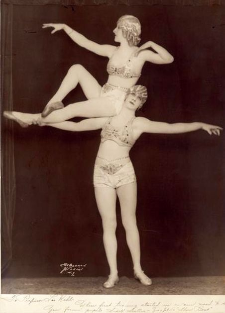 sisterwolf:  The Sidell Sisters, 1927: