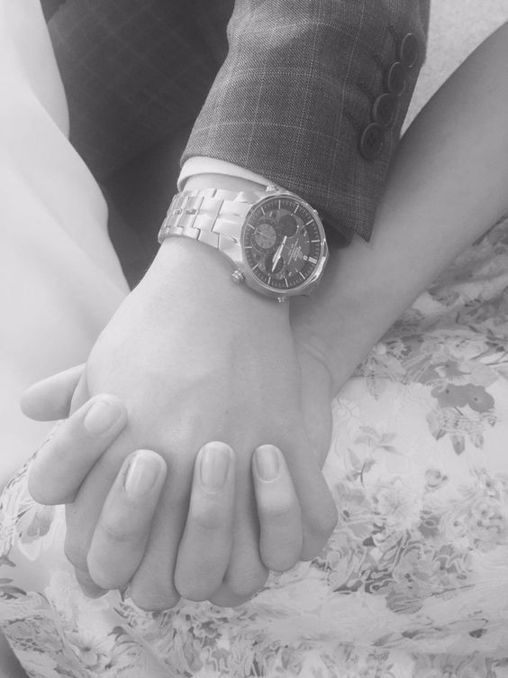 Holding hands #love ❤