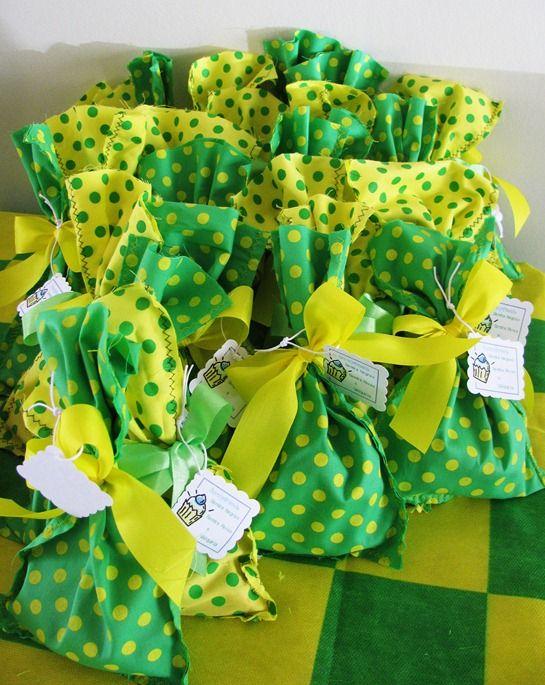 Casos E Coisas Da Bonfa Ideias Para Receber Os Amigos Em Casa Durante Os Jogos Do Brasil Na Copa Parte Iii Copa Brasil Festas Brasileiras Ideias