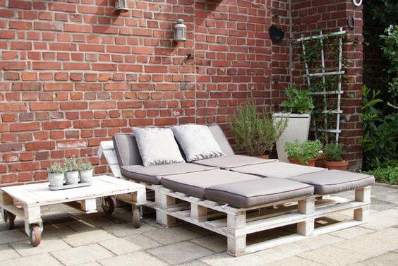 Gartenmöbel aus Paletten | roomido.com