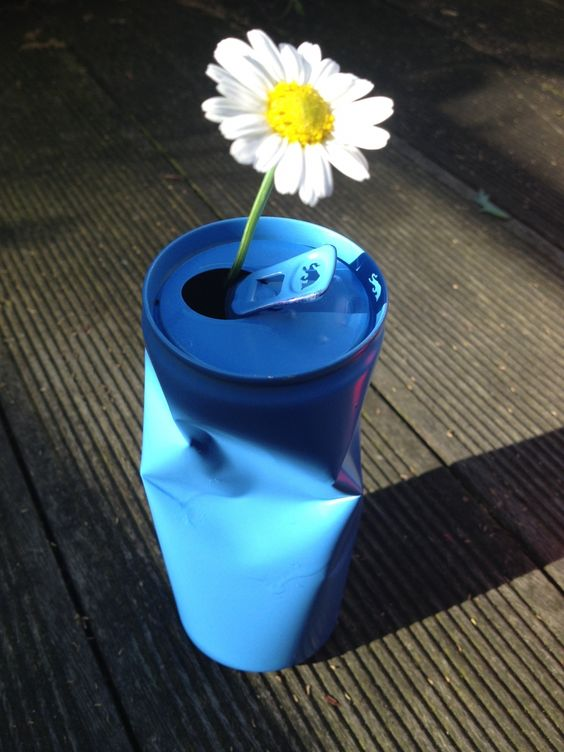 Dosenvase: Vase aus Getränkedose ~ Upcycling ~ Vase made of beverage can