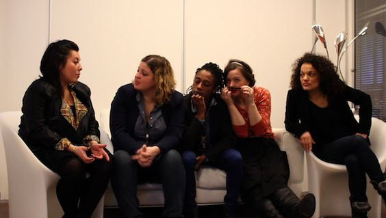 Interview de #ShirleySouagnon et ses copines Marie Desroles, Marine Baousson, Christine Berrou et Candiie pour sa carte blanche du 18 février ! #humoriste http://youhumour-blog.com/2014/02/12/shirley-souagnon-carte-blanche/