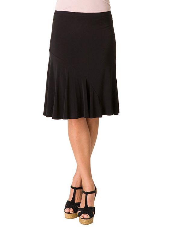 Rock ´´Izzy´´ in Schwarz. Klielanger Damenrock von Yest - bequemer Gummibund - leicht ausgestellte Form - formstabil dank Elasthan-Anteil - angenehmes Material Farbe: schwarz Material: - 97% Polyester - 3% Elasthan