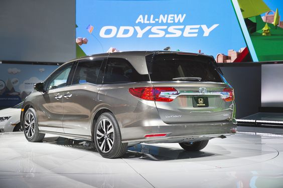 the 2018 honda odyssey made its debut at the north american international auto show the new. Black Bedroom Furniture Sets. Home Design Ideas
