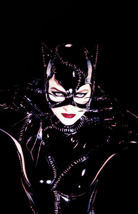 Eterna catwoman.